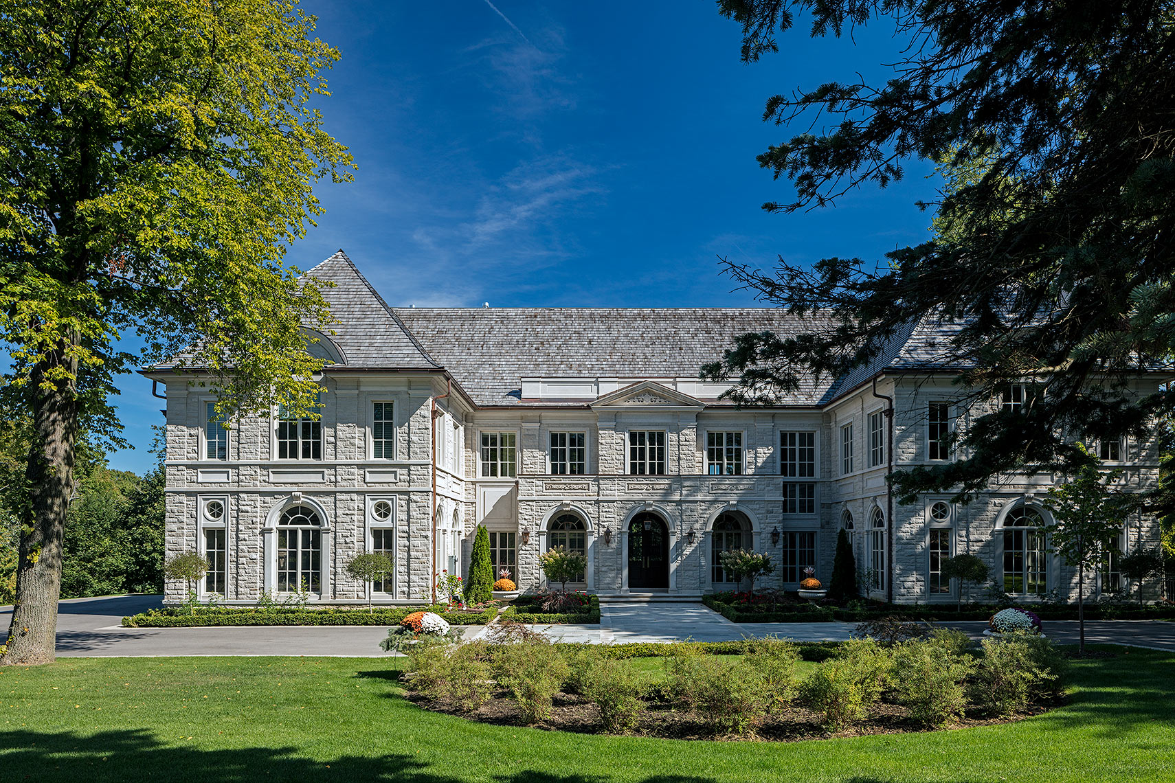 0-customhomes-luxuryhomes-neoclassical-MakowArchitects-001