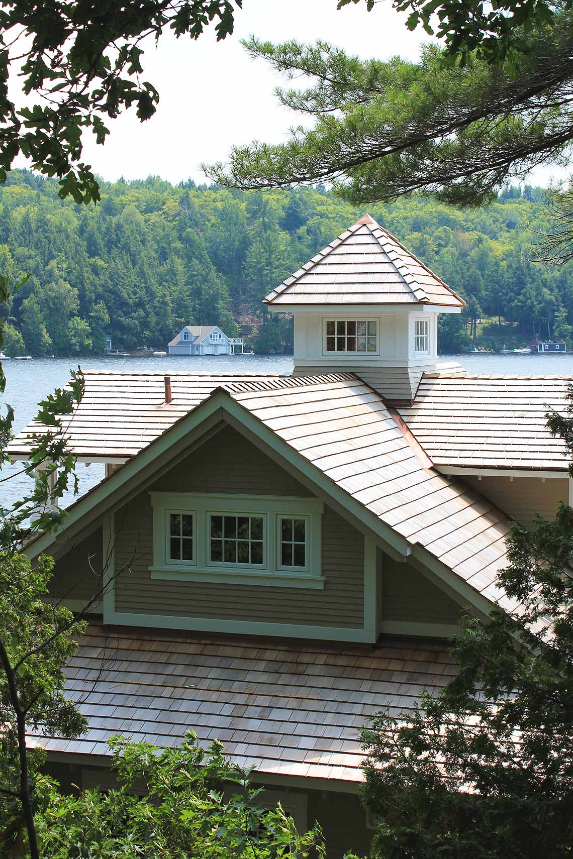 Lake Muskoka Boathouse (14) - Ontario Cottage and Vacation Home