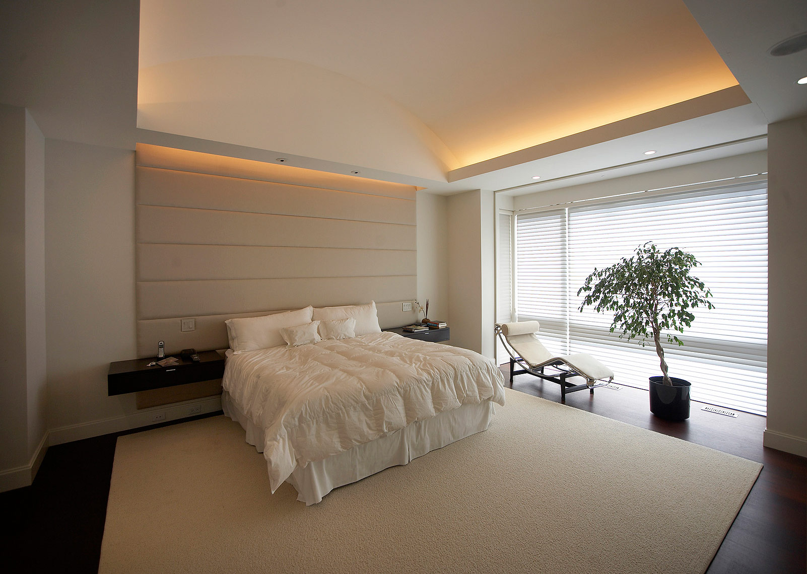 Modern Interior Design  Master Bedrom- Makow Architects