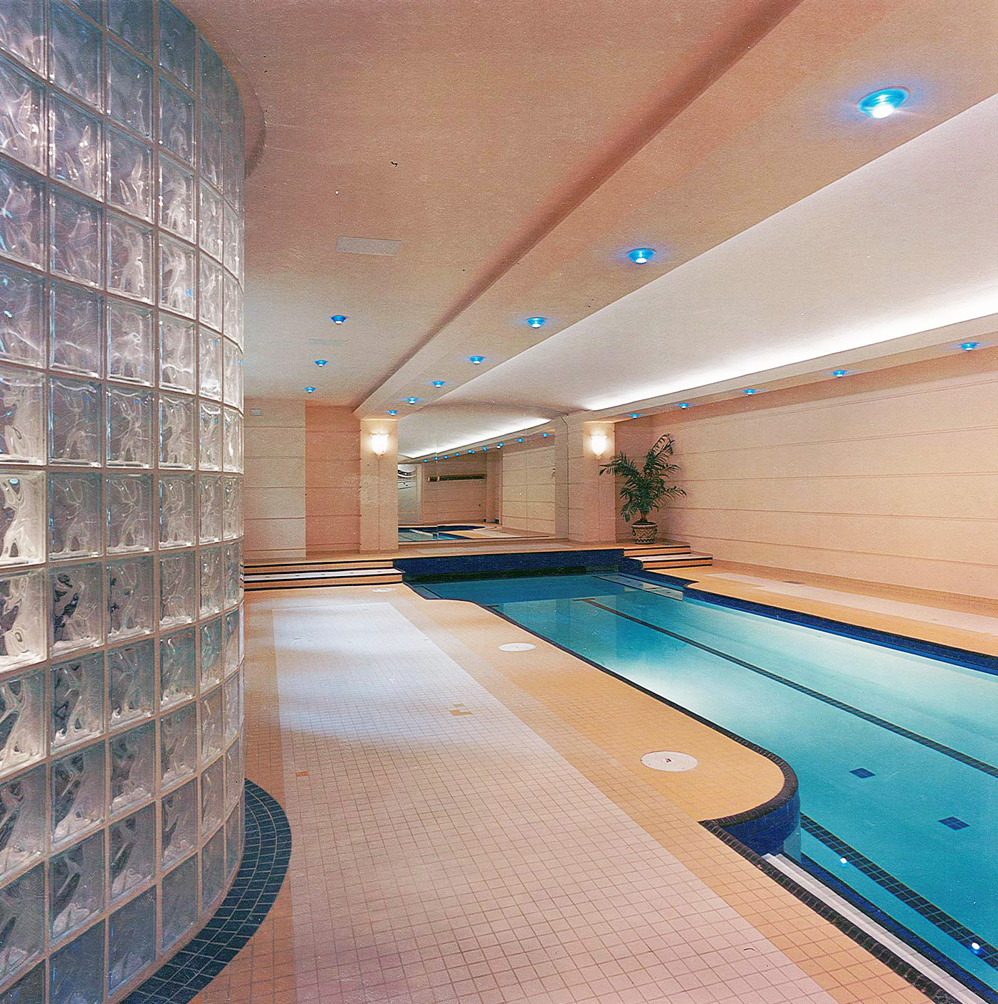 35-interiordesign-modern-MakowArchitects-015-pool