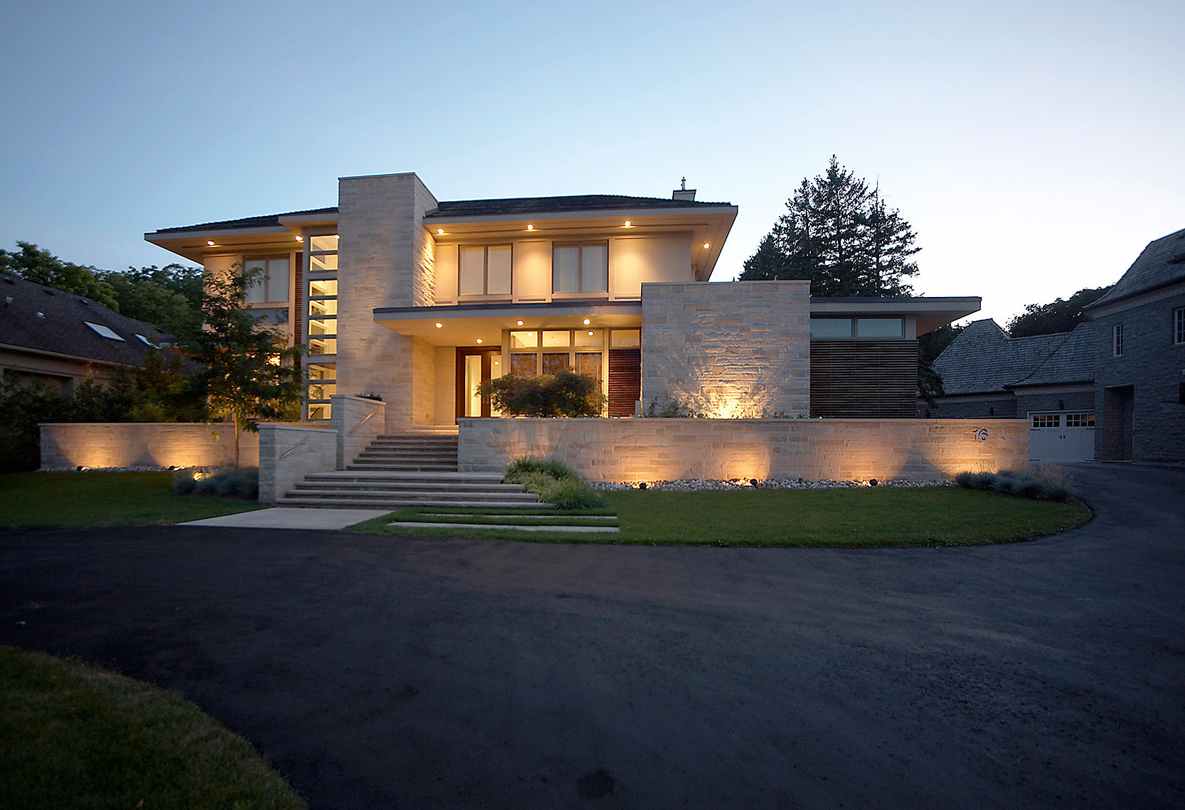 36 32 makow associates architect inc modern custom home design for Custom modern home plans