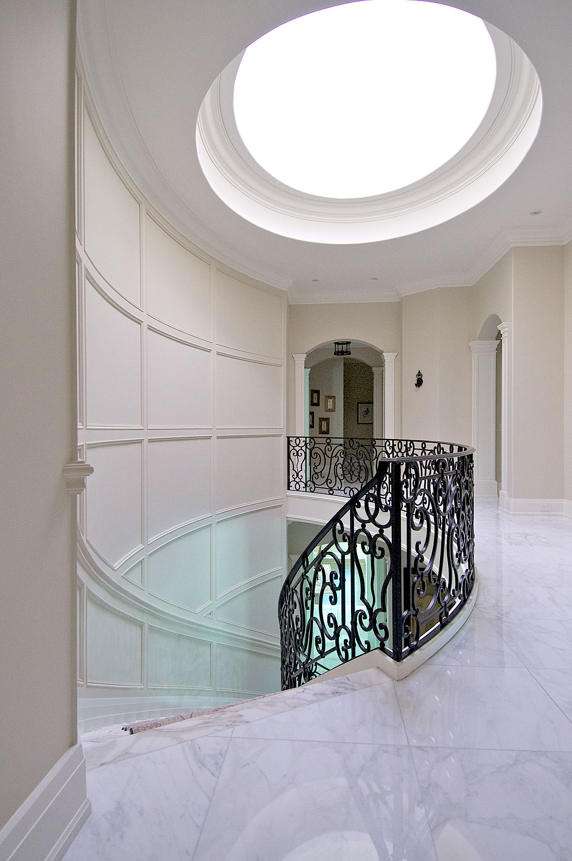 Interior Design Traditional Stairwell - Makow Architects