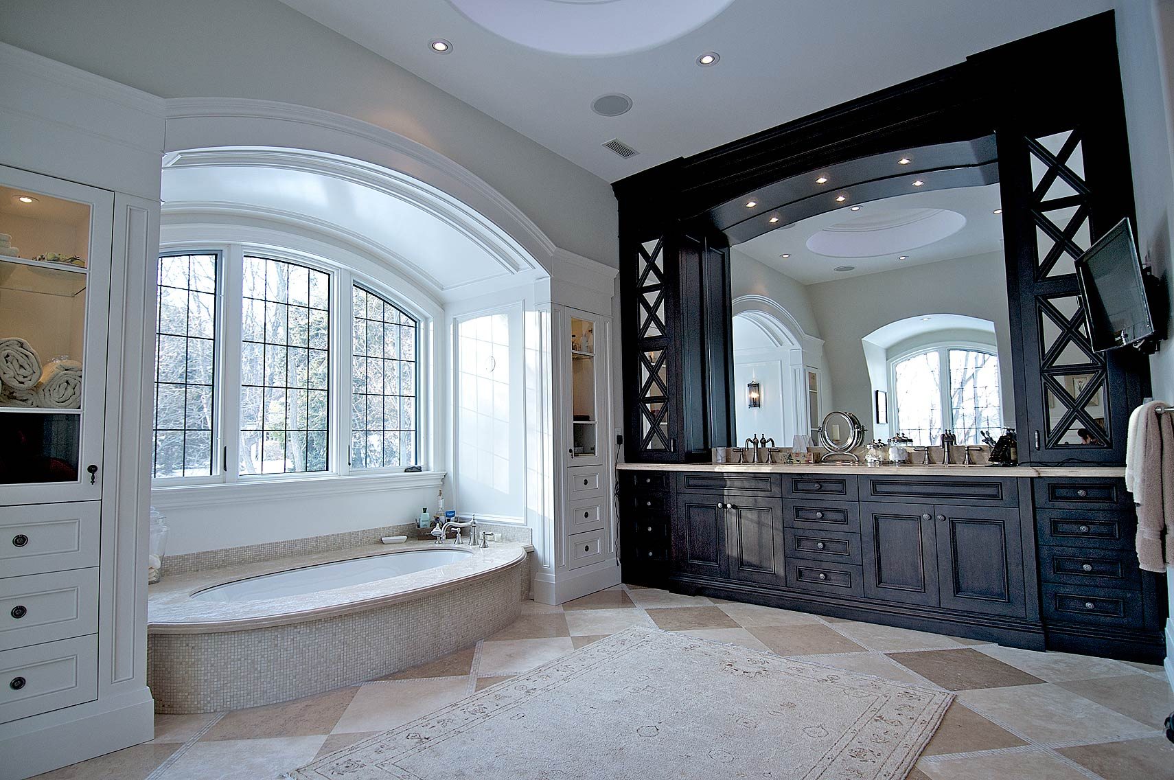 Interior Design Traditional Master Bathroom