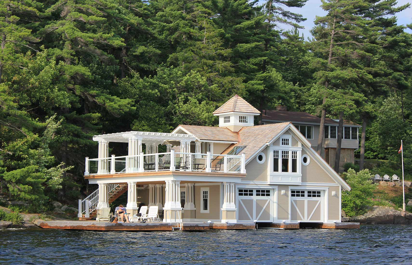 Lake Muskoka Boathouse (2) - Ontario Cottage and Vacation Home