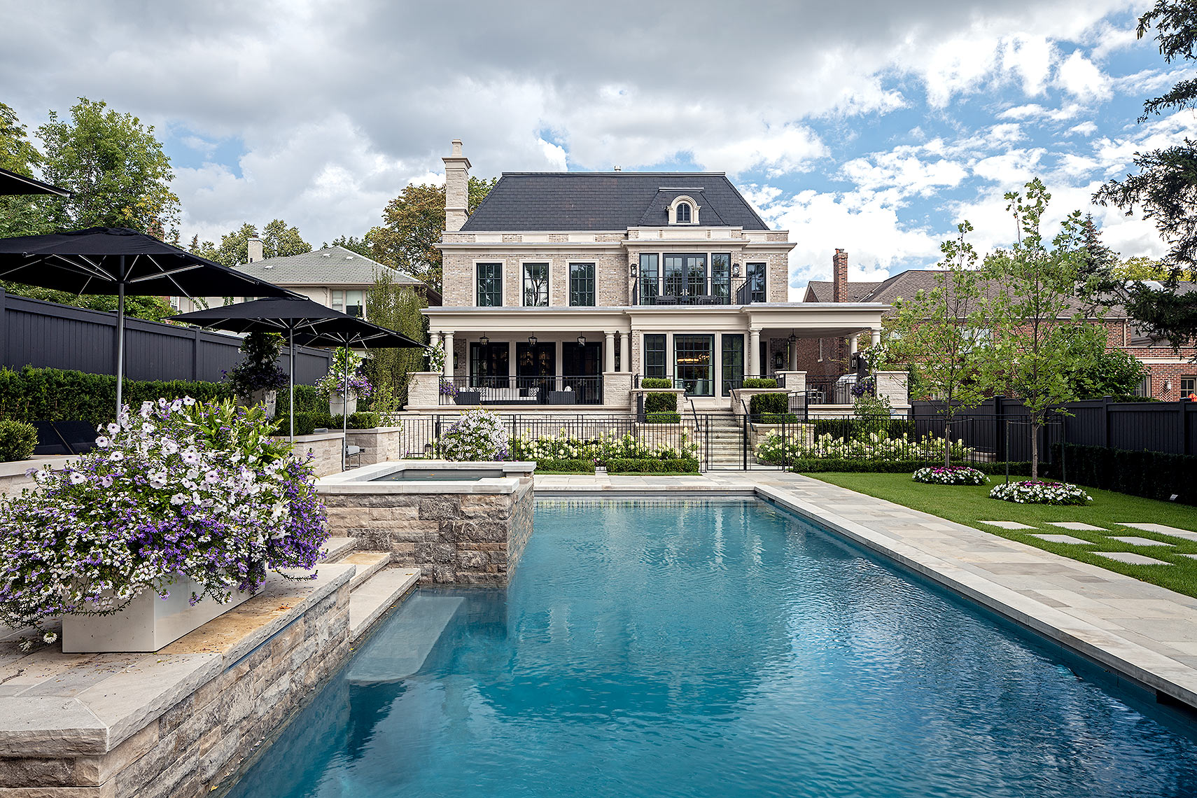 Customhomes-FrenchTransitional-luxuryhomes-3